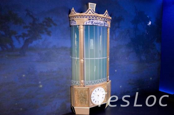 プロジェクションマッピングで表示された時計