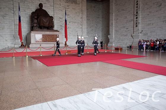 中正記念堂衛兵交代の様子