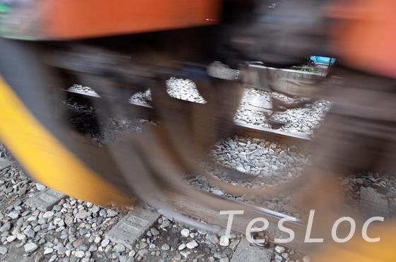 十分で目の前を通る列車