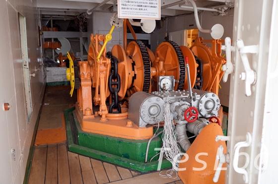 帆船日本丸の碇巻上装置