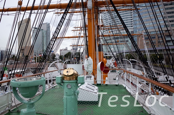 帆船日本丸の後方ブリッジ