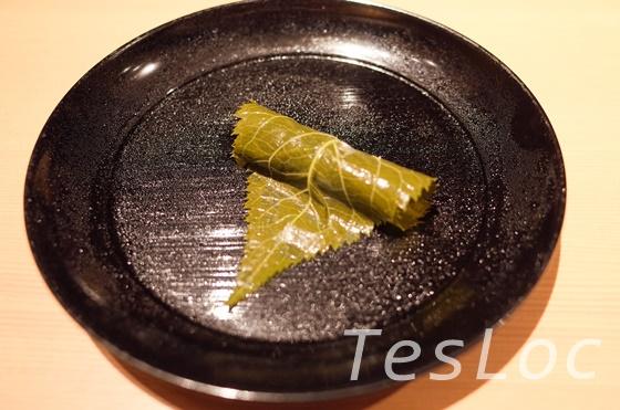 懐石料理はし本の桜餅