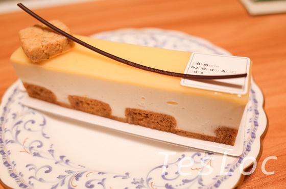 サダハル・アオキのチーズケークシトロネ横