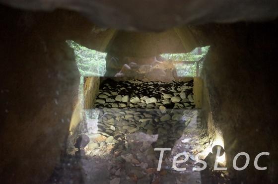 等々力渓谷3号横穴墓の内部