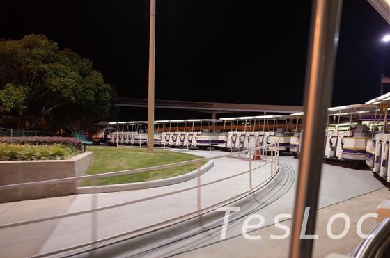 WDWの駐車場送迎トラム