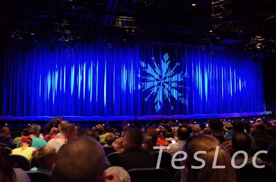 WDWハリウッドスタジオ「アナと雪の女王ショー」の座席