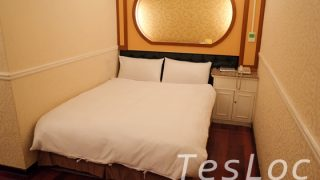 台北鴨川旅館のベッド